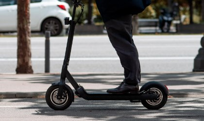 10 Best Electric Scooters For Heavy Adults in 2021
